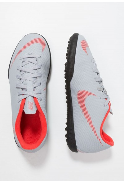 Black Friday 2019 - Nike MERCURIAL VAPORX 12 CLUB TF - Chaussures de foot multicrampons wolf grey/light crimson/black