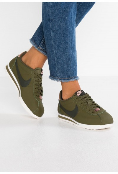Nike CLASSIC CORTEZ - Baskets basses olive/sequoia/metallic red bronze/phantom