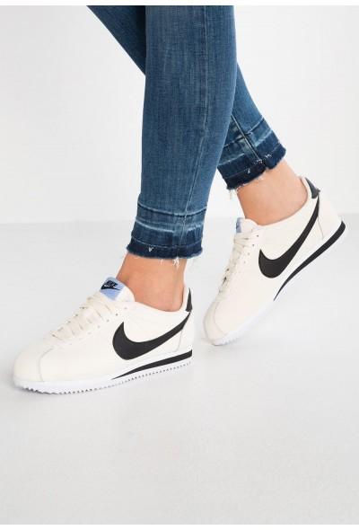 Nike CLASSIC CORTEZ - Baskets basses pale ivory/black/aluminum/white