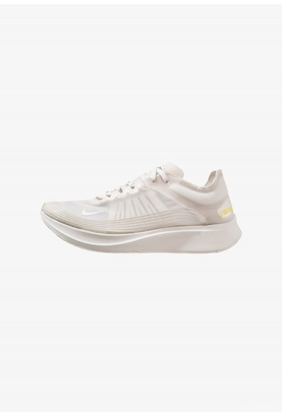 Nike ZOOM FLY SP - Chaussures de running compétition white