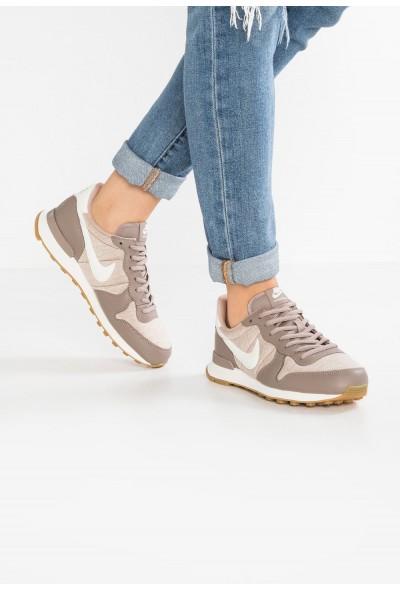 Nike INTERNATIONALIST - Baskets basses sepia stone/sail/sand/light brown