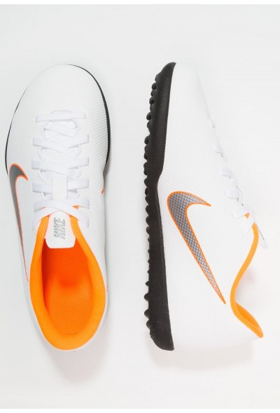 Black Friday 2019 - Nike MERCURIAL VAPORX 12 CLUB TF - Chaussures de foot multicrampons white/chrome/total orange