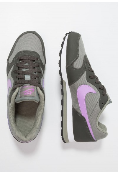 Nike MD RUNNER  - Baskets basses dark stucco/fuchsia glow/newsprint/white