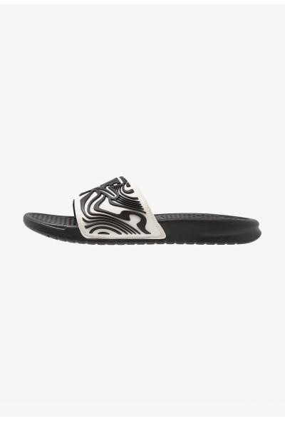 Nike BENASSI JDI SE - Mules white/black