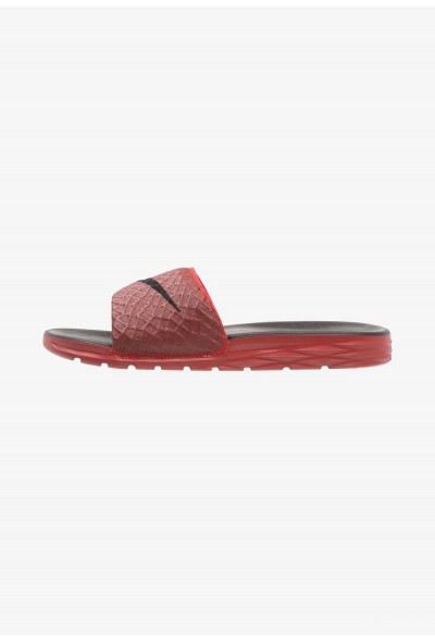 Nike BENASSI SOLARSOFT - Mules university red/black