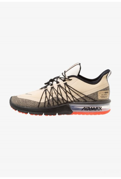 Nike AIR MAX SEQUENT 4 UTILITY - Chaussures de running neutres desert ore/reflect silver/black/pale ivory/parachute beige/team orange