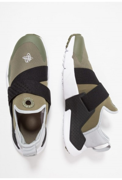 Nike HUARACHE EXTREME - Mocassins medium olive/wolf grey/black/white