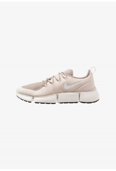 Nike POCKET FLY - Baskets basses desert sand/white/sepia stone/sail/black