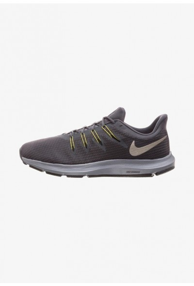 Nike QUEST - Chaussures de running neutres dark grey