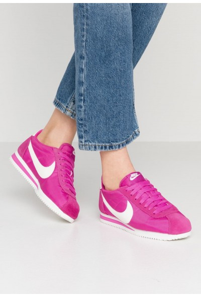 Black Friday 2019 - Nike CLASSIC CORTEZ - Baskets basses active fuchsia/summit white