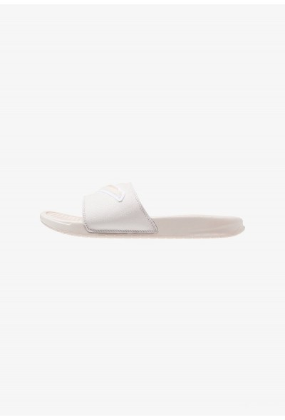 Nike BENASSI JDI CHENILLE - Mules guava ice/phantom/ light bone/white