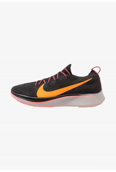 Nike ZOOM FLY FK - Chaussures de running neutres black/flash crimson/orange peel/moon particle