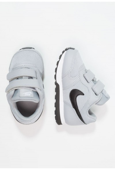 Nike MD RUNNER 2  - Chaussures premiers pas wolf grey/black/white
