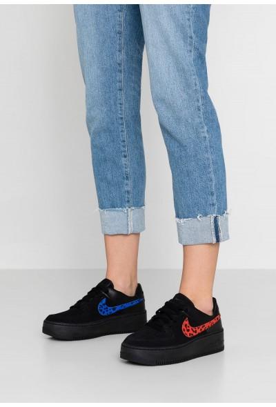 Nike AIR FORCE 1 SAGE - Baskets basses black/habanero red