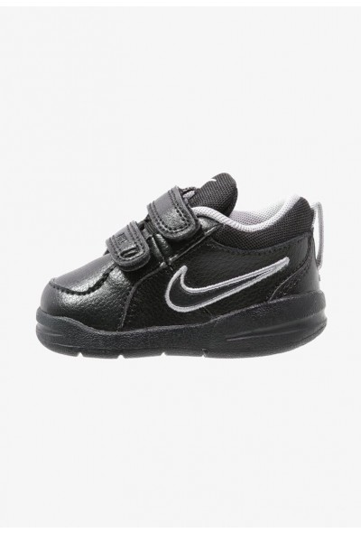 Black Friday 2019 - Nike PICO 4 - Chaussures d'entraînement et de fitness black/metallic silver