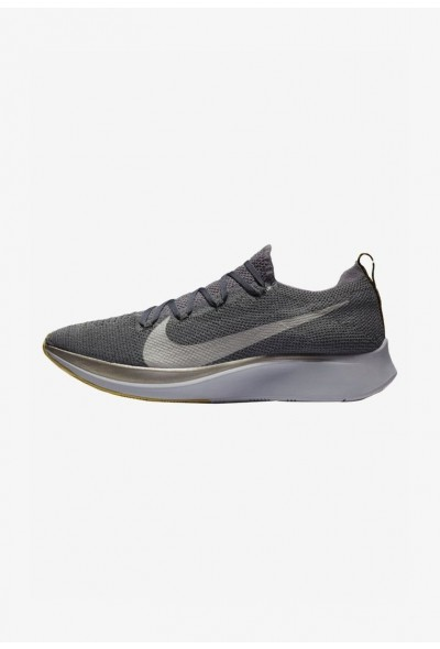 Nike ZOOM FLY FK - Chaussures de running neutres dark grey/black/ metallic grey