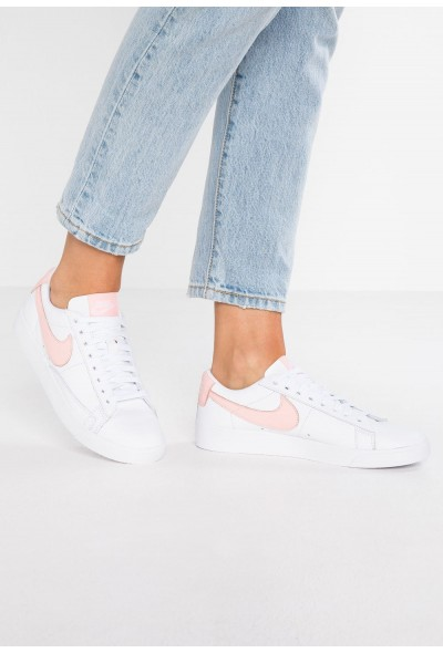 Black Friday 2019 - Nike BLAZER - Baskets basses white/storm pink