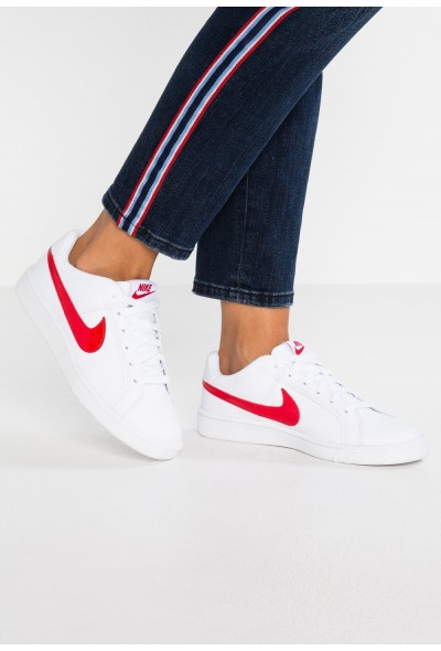 Nike COURT ROYALE - Baskets basses white/university red