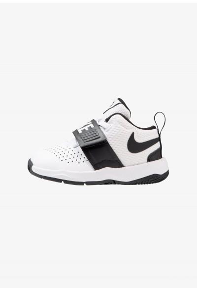 Nike TEAM HUSTLE D 8 - Chaussures de basket white/black
