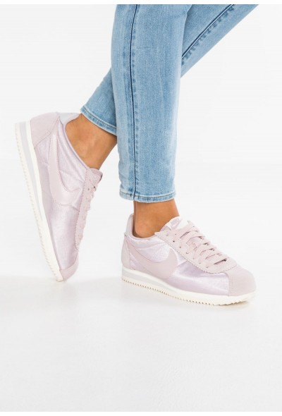 Nike CLASSIC CORTEZ - Baskets basses particle rose/vast grey/sail