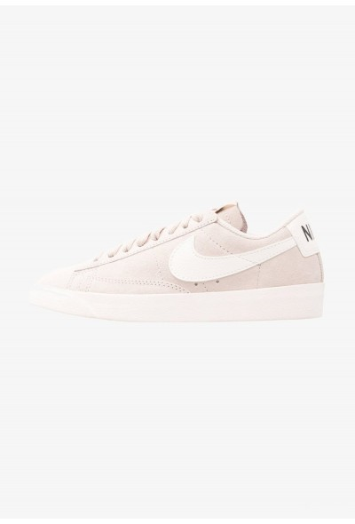 Nike BLAZER LOW SD - Baskets basses desert sand/sail