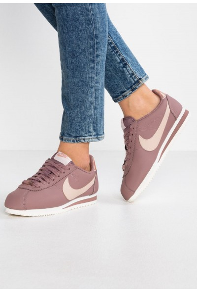 Nike CLASSIC CORTEZ - Baskets basses smokey mauve/particle beige/metallic red bronze/phantom