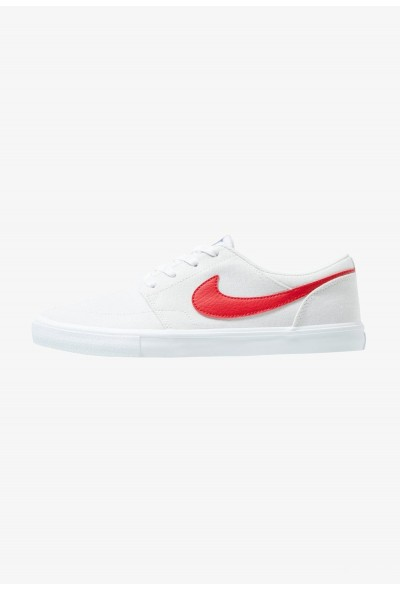 Nike PORTMORE II SS CNVS - Baskets basses vast grey/university red/white/black