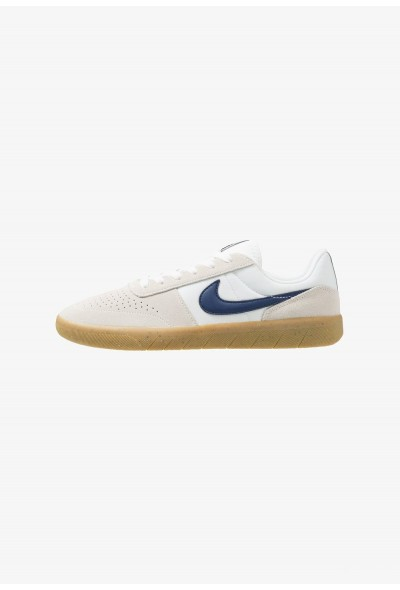 Nike TEAM CLASSIC - Baskets basses summit white/blue void/white/light brown