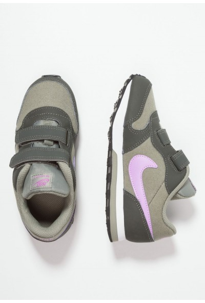 Nike MD RUNNER 2  - Chaussures premiers pas dark stucco/fuchsia glow/newsprint/white