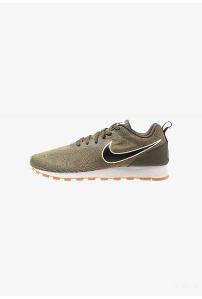 Nike MD RUNNER 2 ENG MESH - Baskets basses cargo khaki/black/neutral olive/light brown/sail