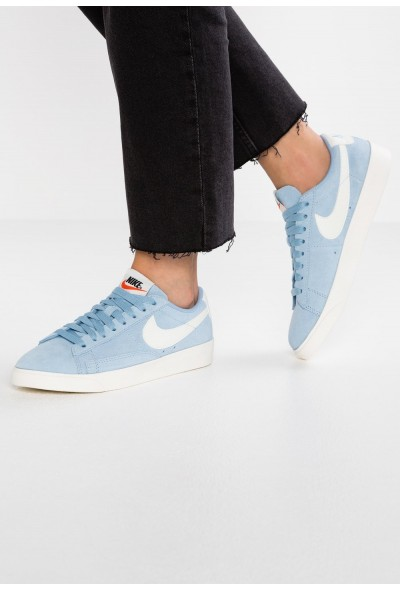 Nike BLAZER LOW SD - Baskets basses leche blue/sail