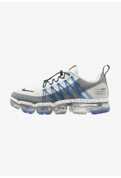 Black Friday 2019 - Nike AIR VAPORMAX RUN UTILITY - Chaussures de running neutres light silver/metallic dark grey/atmosphere grey/anthracite/team navy/faded spruce