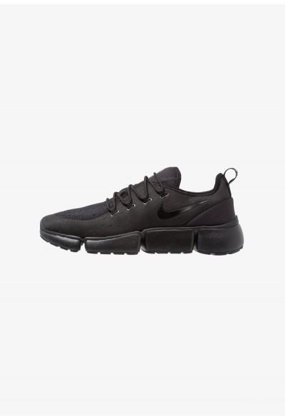 Nike POCKET FLY - Baskets basses black
