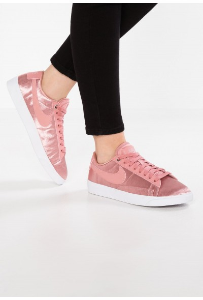 Nike BLAZER - Baskets basses rust pink/white
