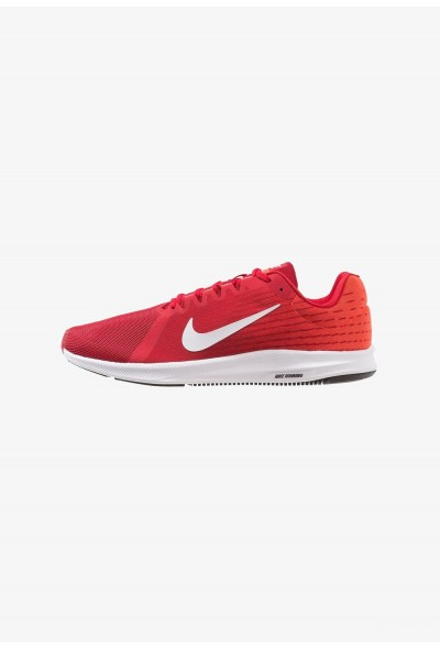 Nike DOWNSHIFTER 8 - Chaussures de running neutres gym red/vast grey/bright crimson/black/white