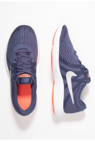 Black Friday 2019 - Nike REVOLUTION 4 - Chaussures de running neutres sanded purple/metallic silver/midnight navy/lava glow