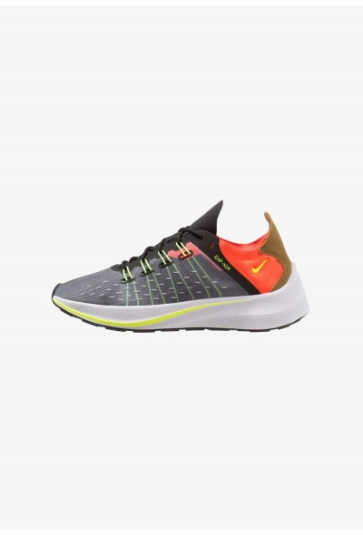 Nike EXP-X14 - Baskets basses black/total crimson/dark grey/volt