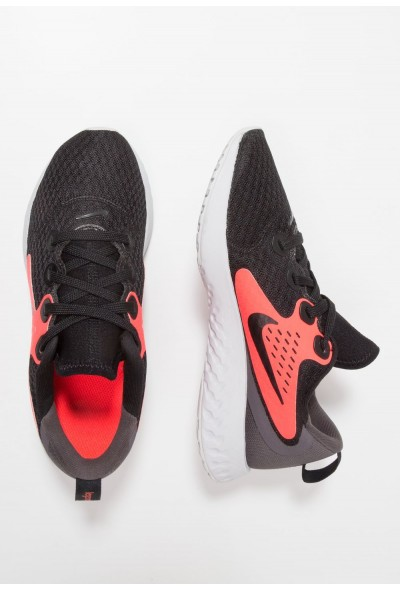 Nike LEGEND REACT - Chaussures de running neutres black/flash crimson/thunder grey