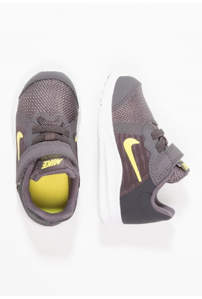Black Friday 2019 - Nike DOWNSHIFTER  - Chaussures de running neutres thunder grey/dynamic yellow/oil grey/black/white