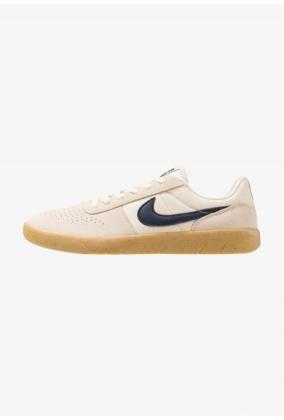 Nike TEAM CLASSIC - Baskets basses light cream/obsidian/yellow