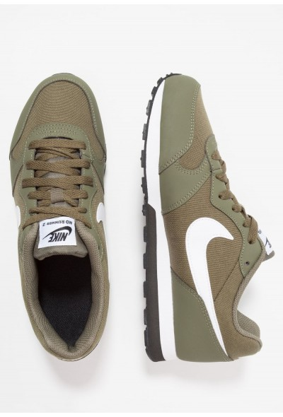 Nike MD RUNNER 2 - Baskets basses medium olive/white/black