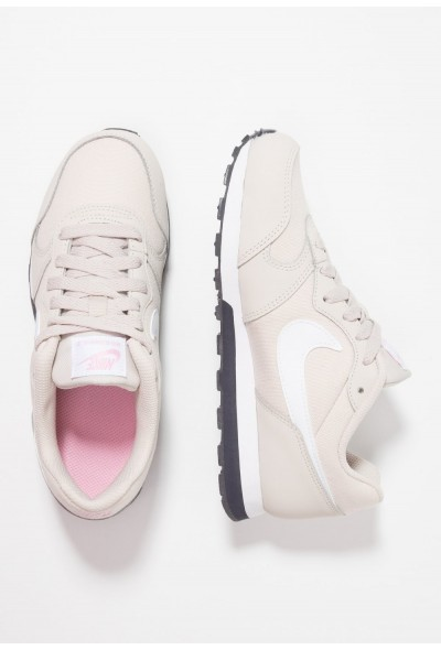 Nike MD RUNNER  - Baskets basses desert sand/white/pink/gridiron