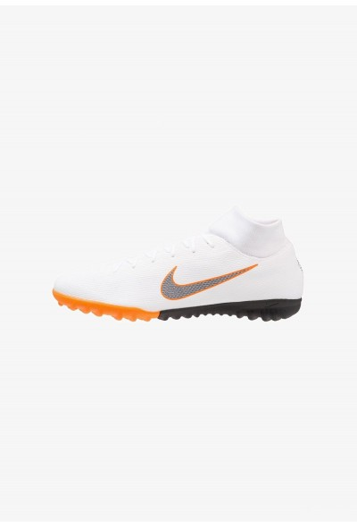 Nike MERCURIAL SUPERFLYX 6 ACADEMY TF - Chaussures de foot multicrampons white/chrome/total orange