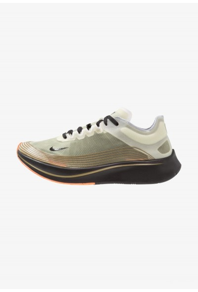 Nike ZOOM FLY SP - Chaussures de running compétition medium olive/black