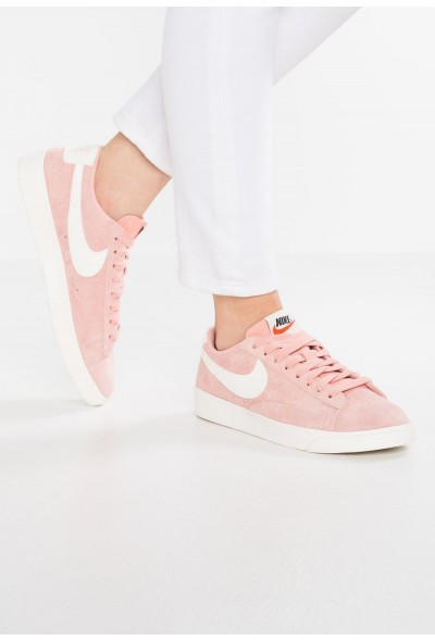 Nike BLAZER LOW SD - Baskets basses coral stardust/sail