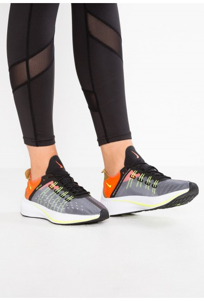 Nike EXP-X14 - Baskets basses black/volt/total crimson/dark grey