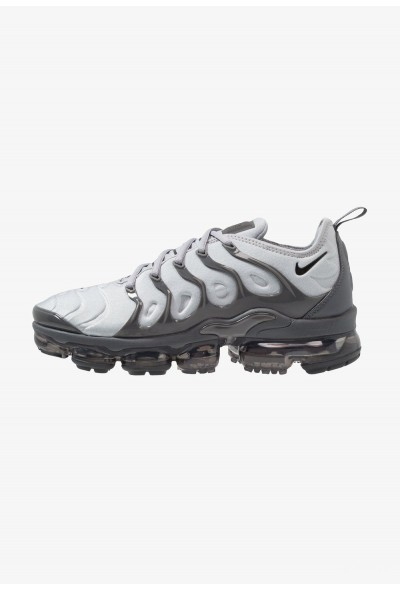 Nike AIR VAPORMAX PLUS - Baskets basses wolf grey/black/dark grey