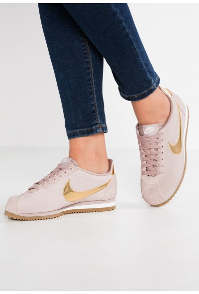 Nike CLASSIC CORTEZ SE - Baskets basses diffused taupe/metallic gold/phantom/light brown