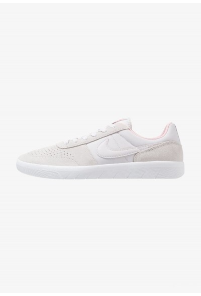 Nike TEAM CLASSIC - Baskets basses vast grey/white/bubblegum