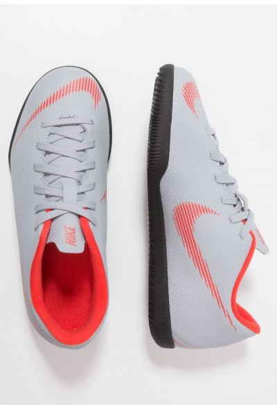 Nike MERCURIAL VAPORX 12 CLUB IC - Chaussures de foot en salle wolf grey/light crimson/black